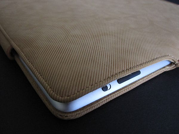 Review: Helium Digital SlimJacket Protective Pouch for iPad 2/iPad (3rd-Gen)