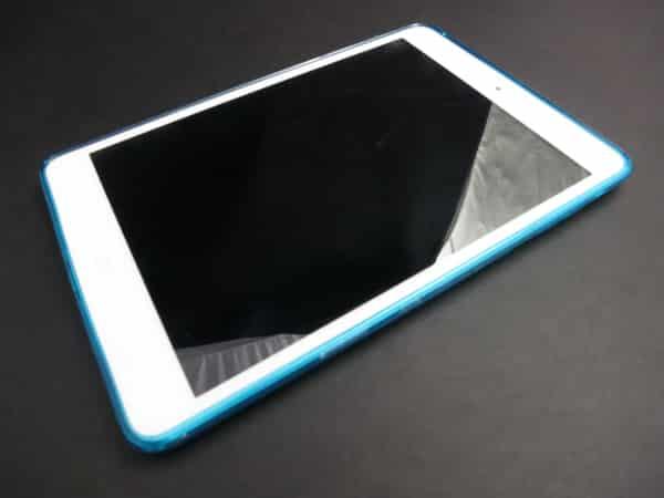 Review: iSkin Solo FX for iPad mini