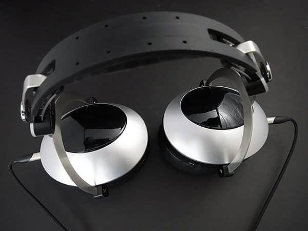 First Look: Spider International Moonlight Studio Monitor