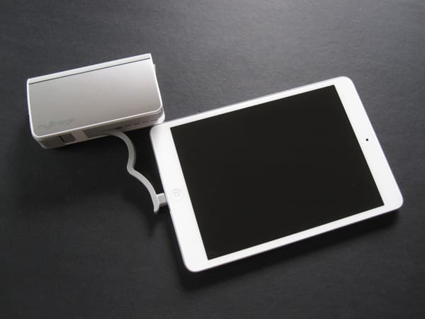 Review: MyCharge Hub 6000 Portable Powerbank with Lightning