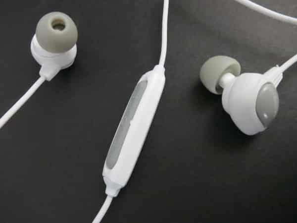 First Look: Odoyo Waterproof Sport Earphones with Remote and Mic