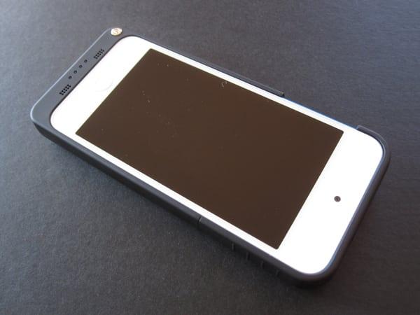 Review: i-Blason PowerGlider External Battery Case for iPod touch 5G – Lightning