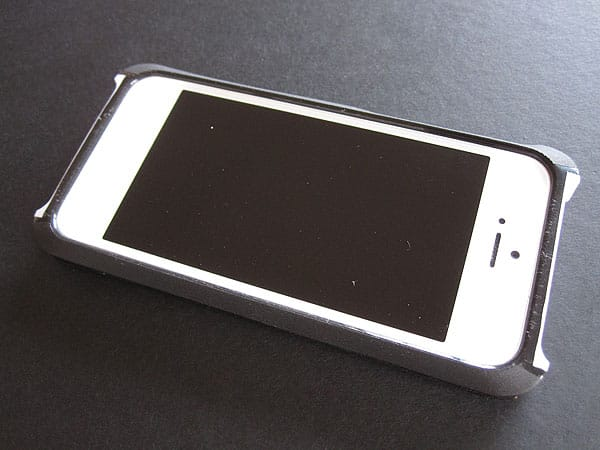 Review: Itskins Fusion Carbon Core for iPhone 5