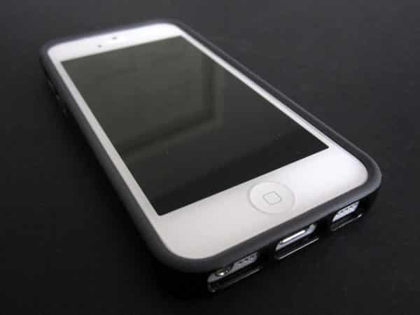 Review: Tavik Channel Case for iPhone 5