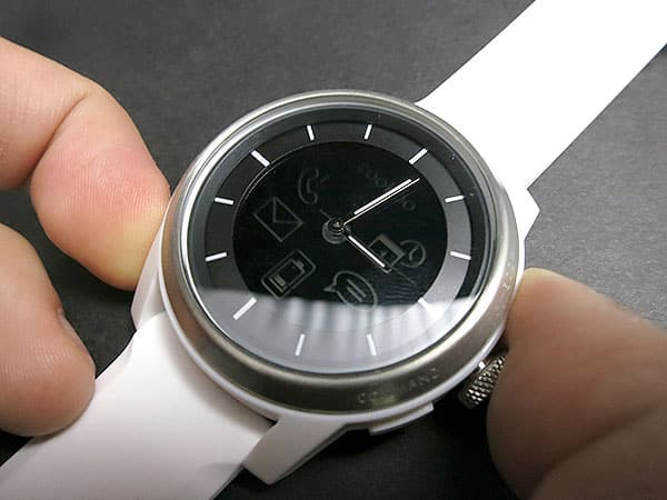 First Look: ConnecteDevice Cookoo Bluetooth Watch
