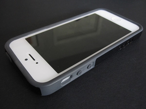 Review: Incipio Faxion + [Ovrmld] for iPhone 5