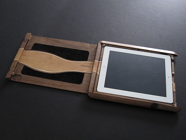 First Look: Substrata Artisan Stripe Case for iPad 2