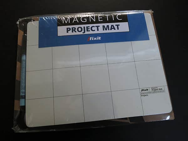 First Look: iFixit Magnetic Project Mat