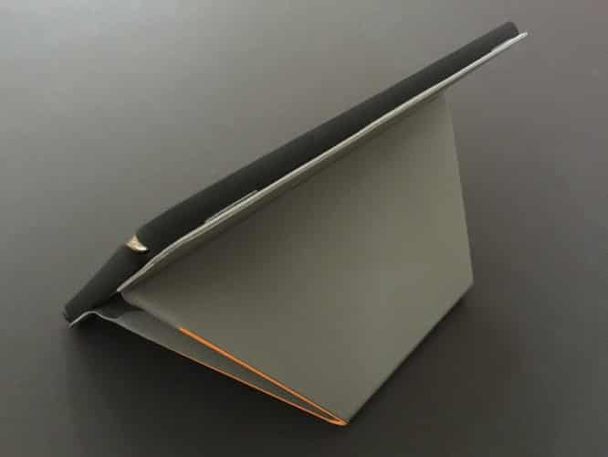Review: Uniq Transforma for iPad Air 2