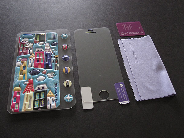 First Look: id America Cushi for iPhone 5