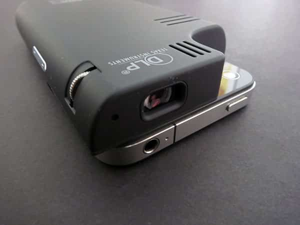 Review: Brookstone Pocket Projector for iPhone 4