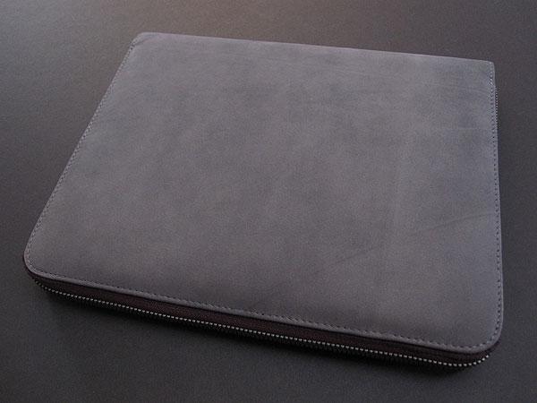 Review: Incase Leather Portfolio for iPad 2