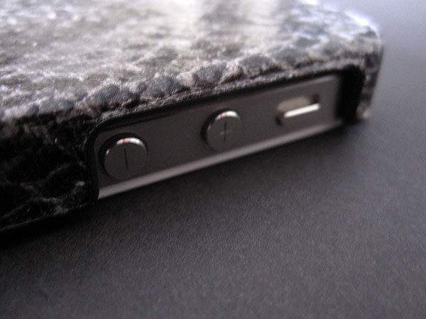 First Look: XtremeMac Microshield + Microshield Style for iPhone 4/4S