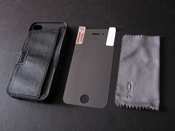 Review: CM4 Q Card Case for iPhone 4/4S