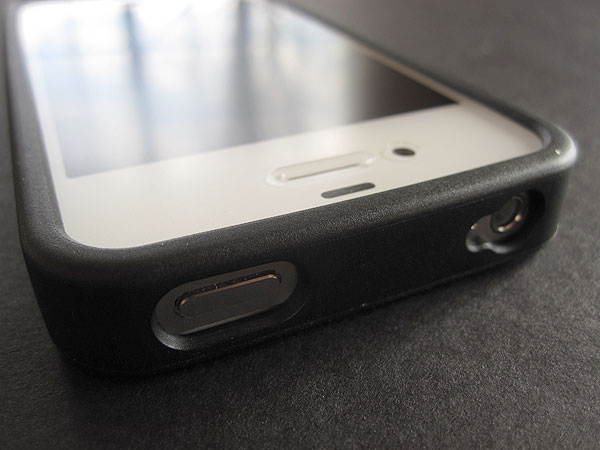 First Look: iFrogz Mix for iPhone 4/4S