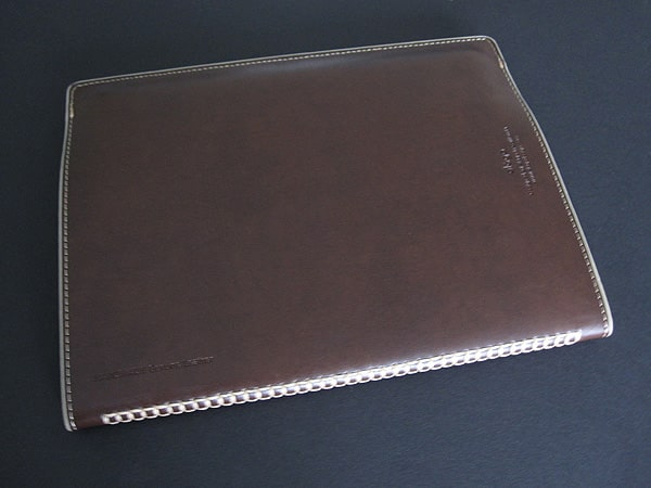 Review: Elago Note Leather Cover for iPad 2