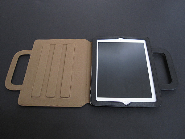 Review: Luxa2 Rimini Stand Case for iPad 2