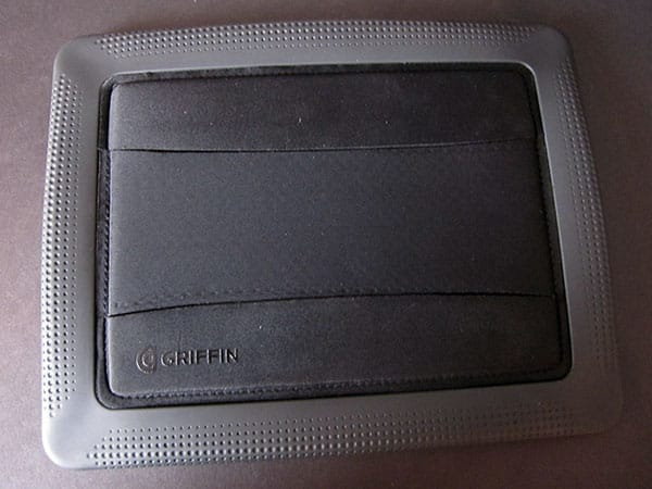 First Look: Griffin AirStrap for iPad