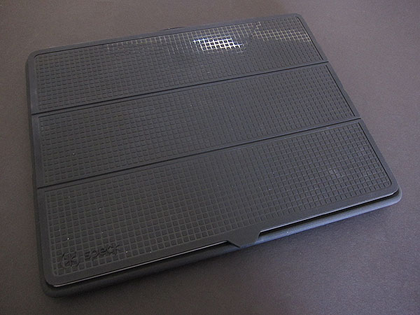 Review: Speck PixelSkin HD Wrap for iPad 2