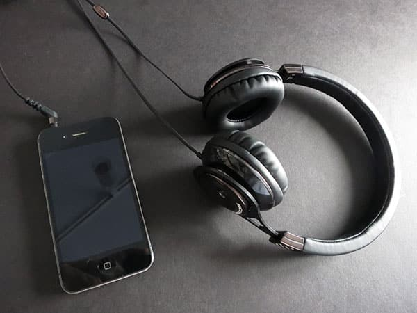 Review: Scosche Realm RH656m / RH656md Headphones