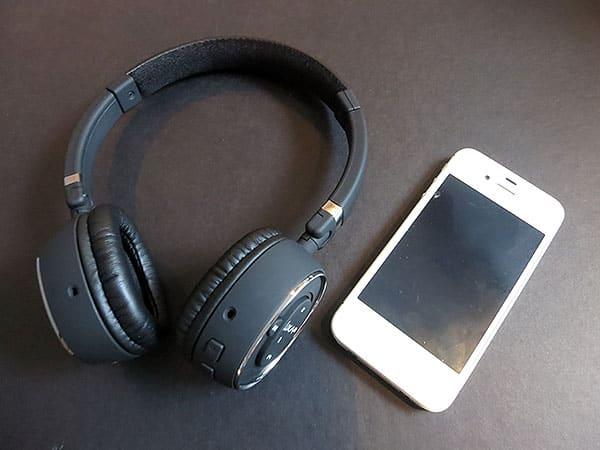 First Look: Luxa2 BT-X3 Bluetooth Headphones