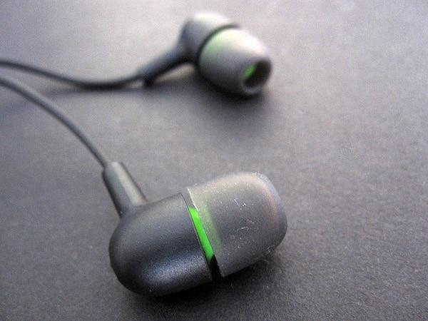 Review: Incase Capsule In Ear Headphones