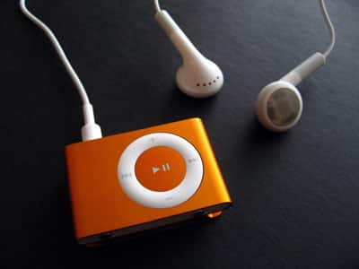 Five Key Facts on Apple's Colored iPod shuffles