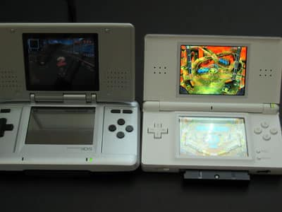 Nintendo DS Lite arrives, dazzles with iPod-like redesign