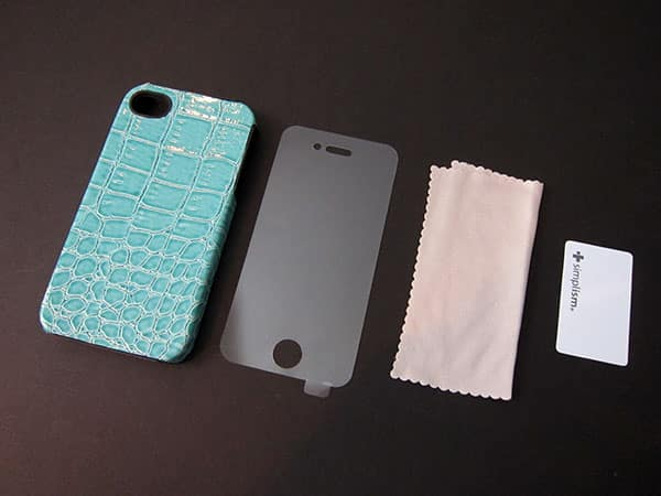First Look: Simplism Belt Clip, Flip Note, Leather Cover, Microfiber Sleeve + Vertical Flip Cases for iPhone 4