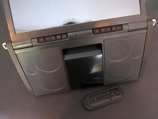 Review: Eton Soulra XL Solar Powered Sound System for iPod and iPhone