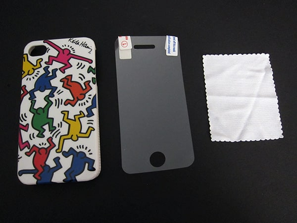 First Look: Case Scenario Keith Haring + Pantone Universe iPhone 4 Cases