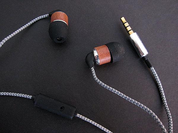 Preview: iFrogz Timbre Pro + Vertex Headphones