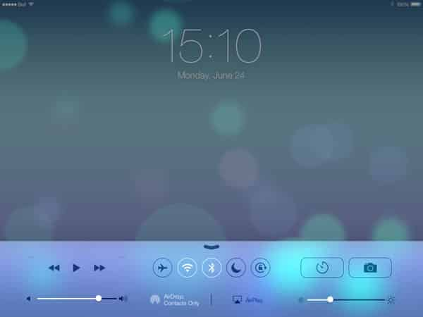 iOS 7: The New Lock Screen + Home Screen