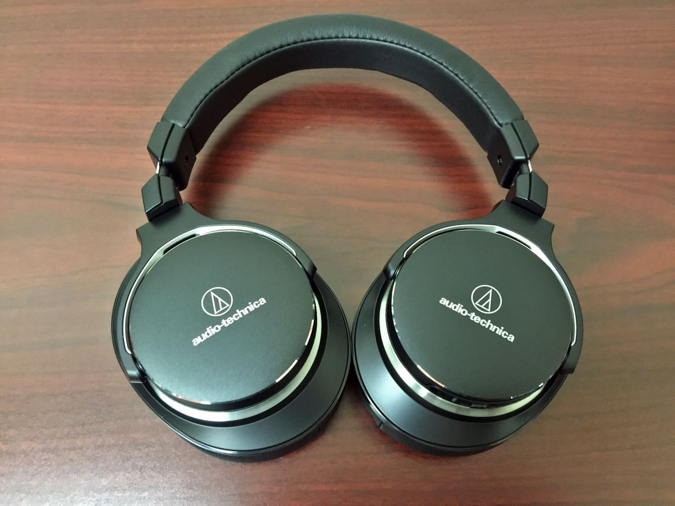 Review: Audio-Technica ATH-MSR7NC SonicPro Headphones with Active Noise Cancellation