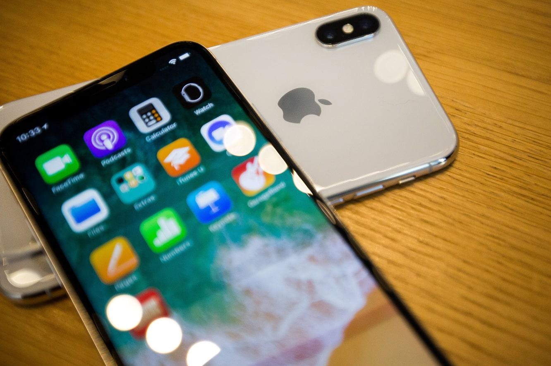 DOJ and SEC both investigating Apple's efforts to slow down older iPhones