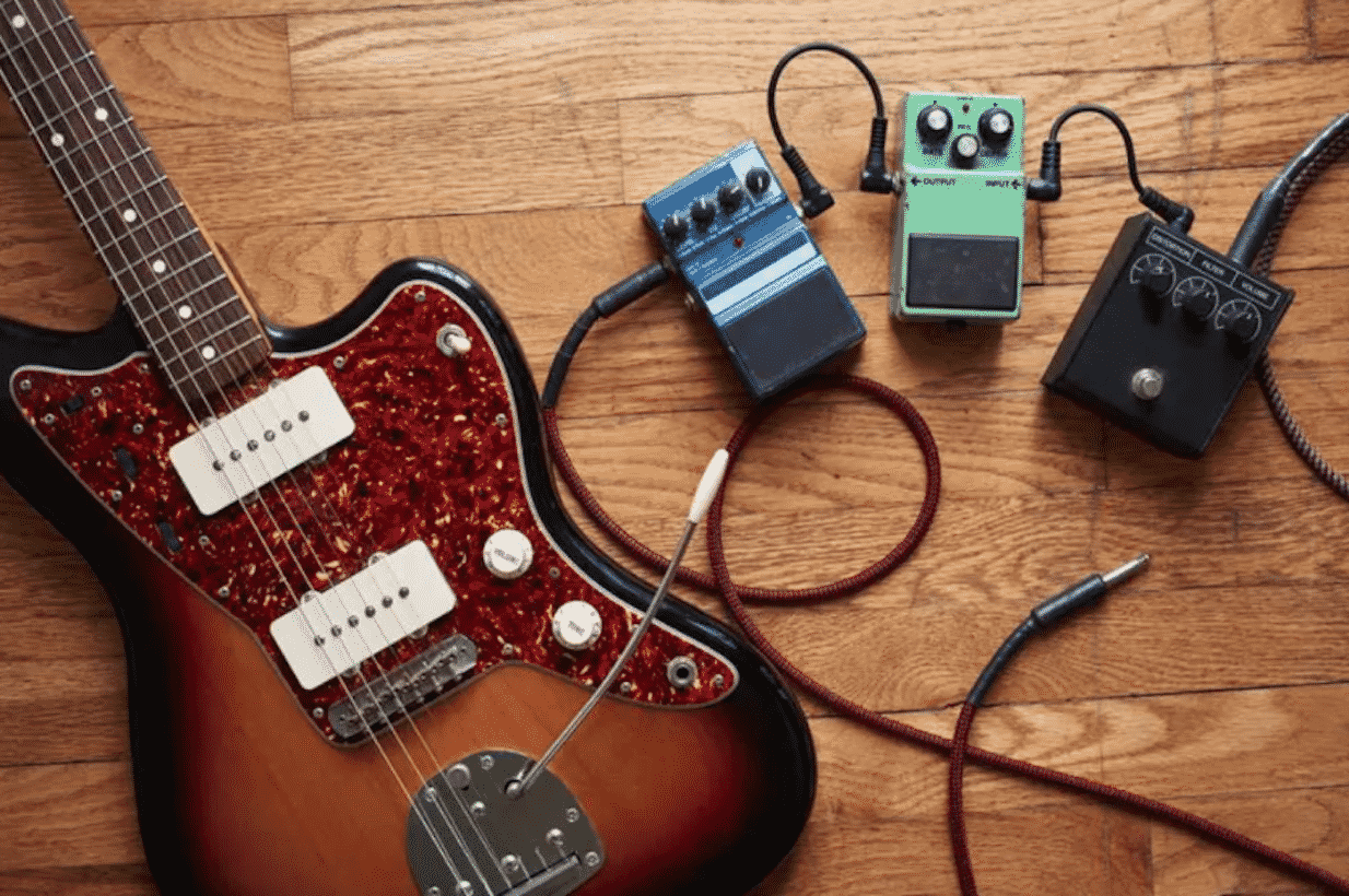 Awesome Guitar Equipment To Help Your Sound Be More Clear