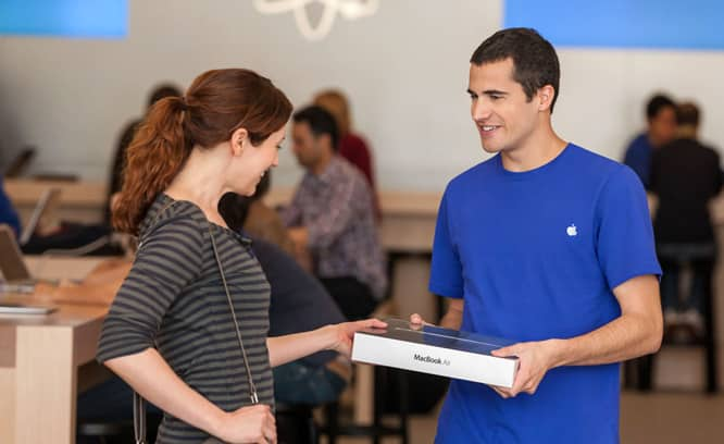 Apple plans to expand 'Personal Pickup' internationally