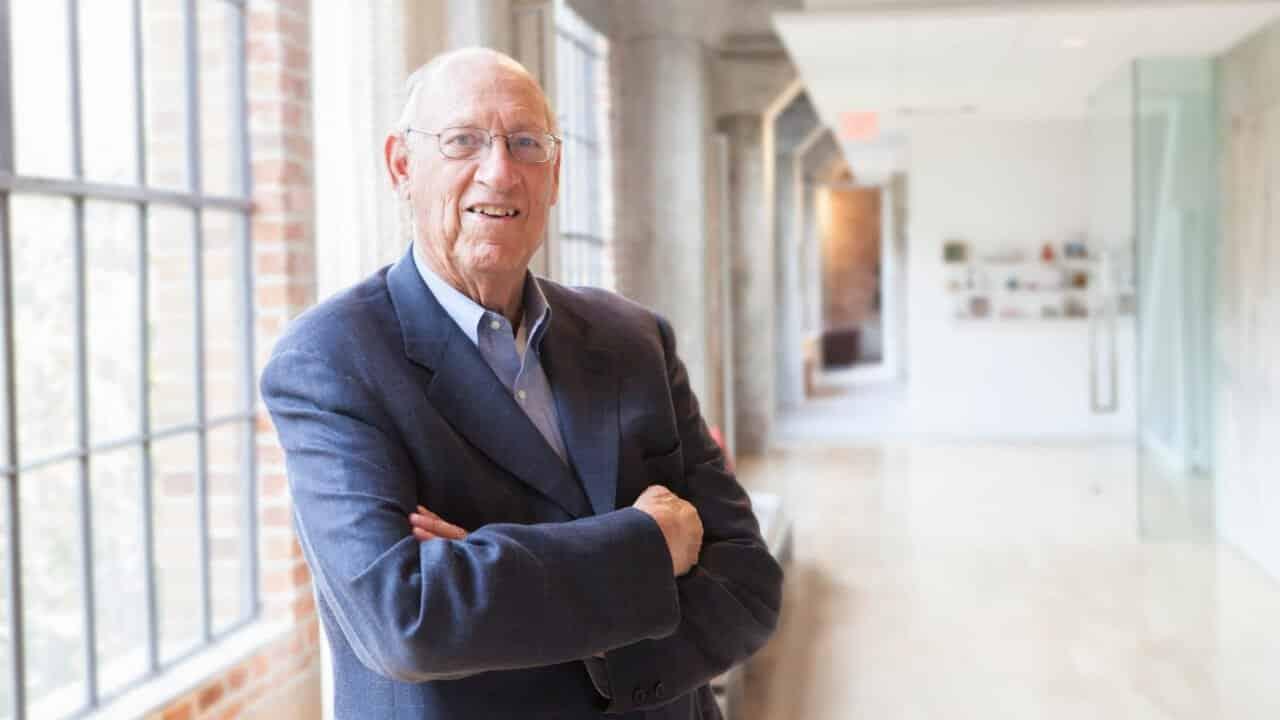 Apple Store designer Gensler dies at 85