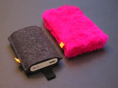 Review: Burning Love Airpodz Case for iPod mini