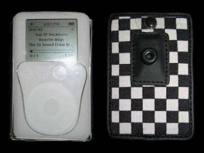 Review: Case Closed iPod Cases