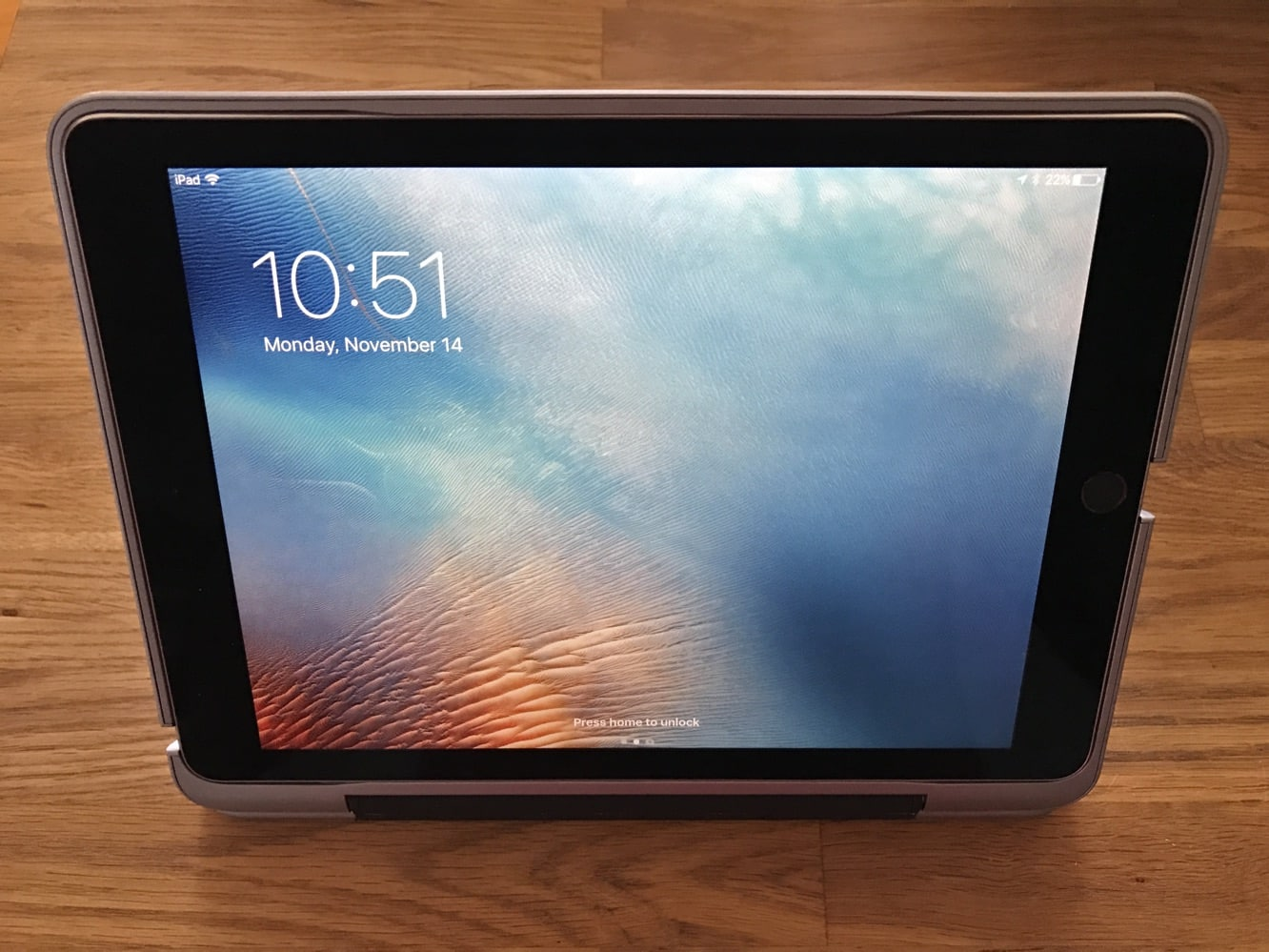 """Review: Clamcase ClamCase+ for 9.7"""" iPad Pro"""