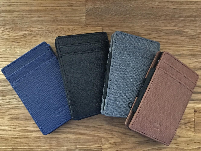 CaseCrown SlimPower Wallet