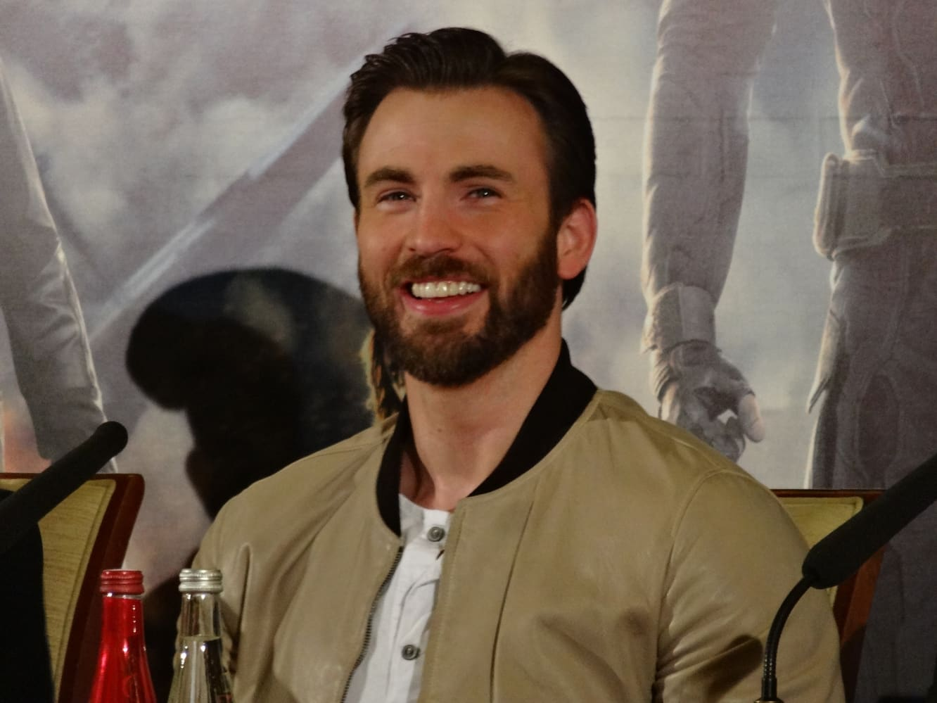 Chris Evans returning to TV to star in new Apple drama series