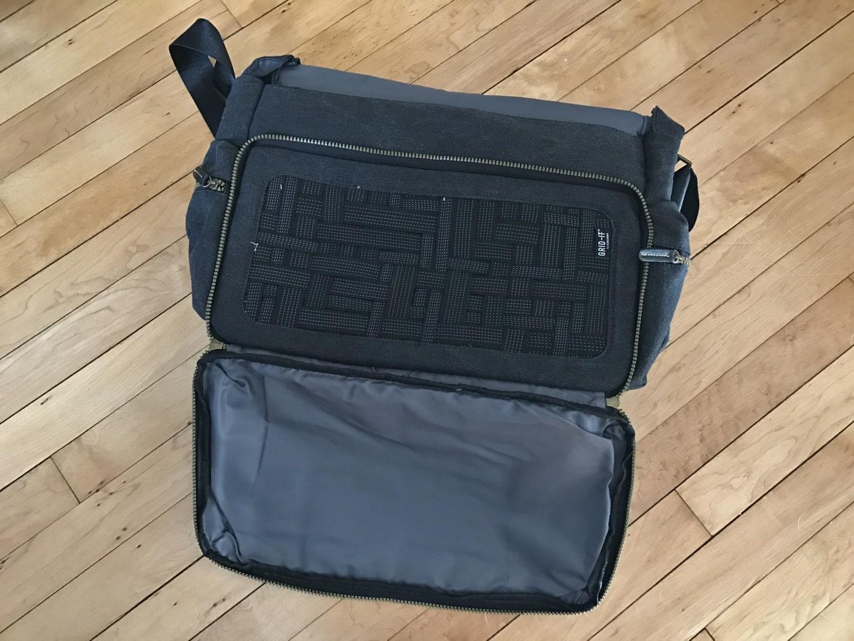 "Cocoon Urban Adventure 16"" Messenger Bag"