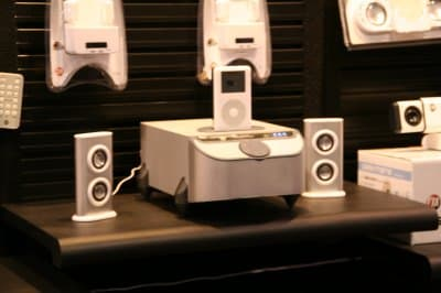 iPod @ CES 2006 Part III: From the show floor