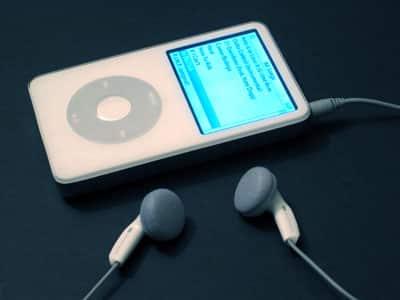 Review: iSkin Cerulean XLR Earphones