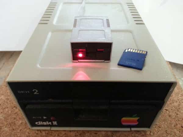 RetroConnector Disk II Styled USB SD Card Reader