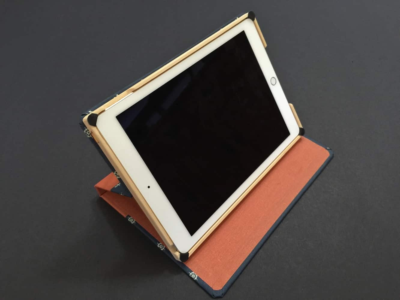 Review: DODOcase Maritime Collection Multi-Angle Case for iPad Air 2