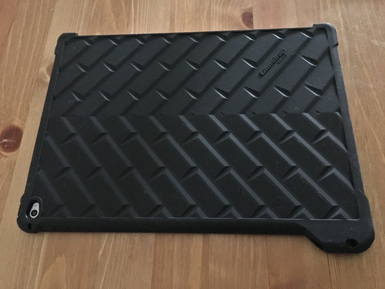 Review: Gumdrop Cases DropTech Case for iPad Pro