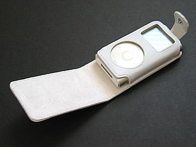 Review: MCA Hautes Coutures Snow Case for iPod mini